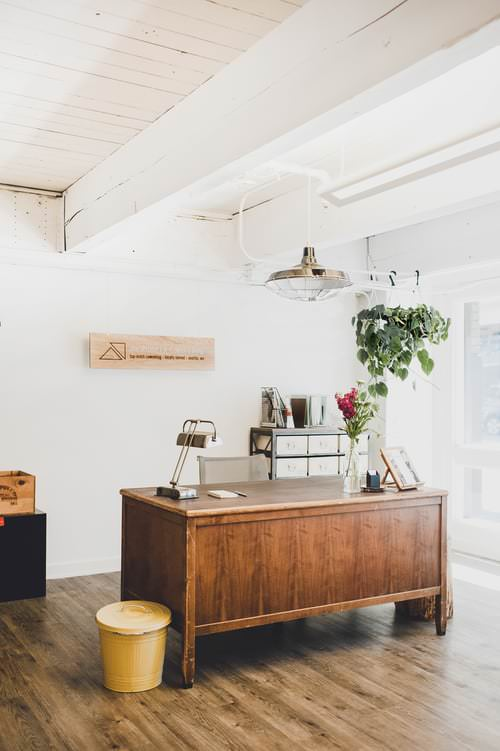 the-pioneer-collective-front-desk
