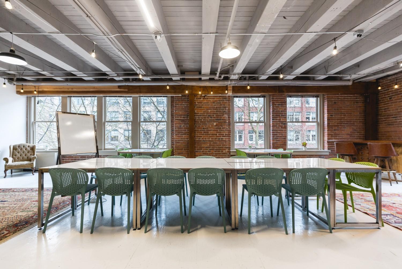 LindseyMillerPhoto-tpc-canopy-conferencelongtable-3.jpg