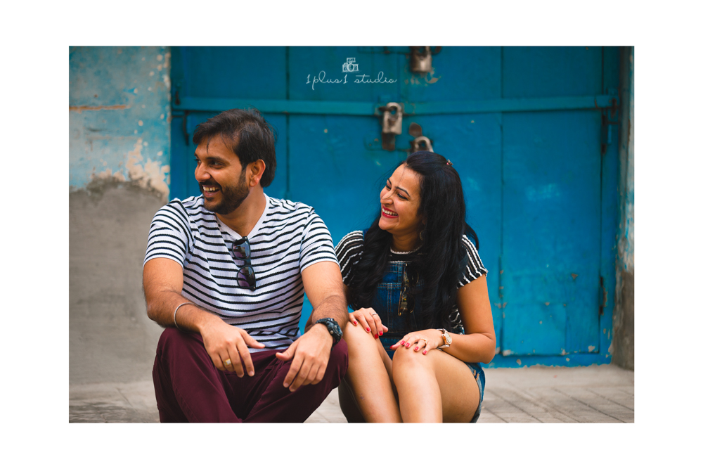 Bangalore Couple Shoot | Locations | Commercial street5.jpg