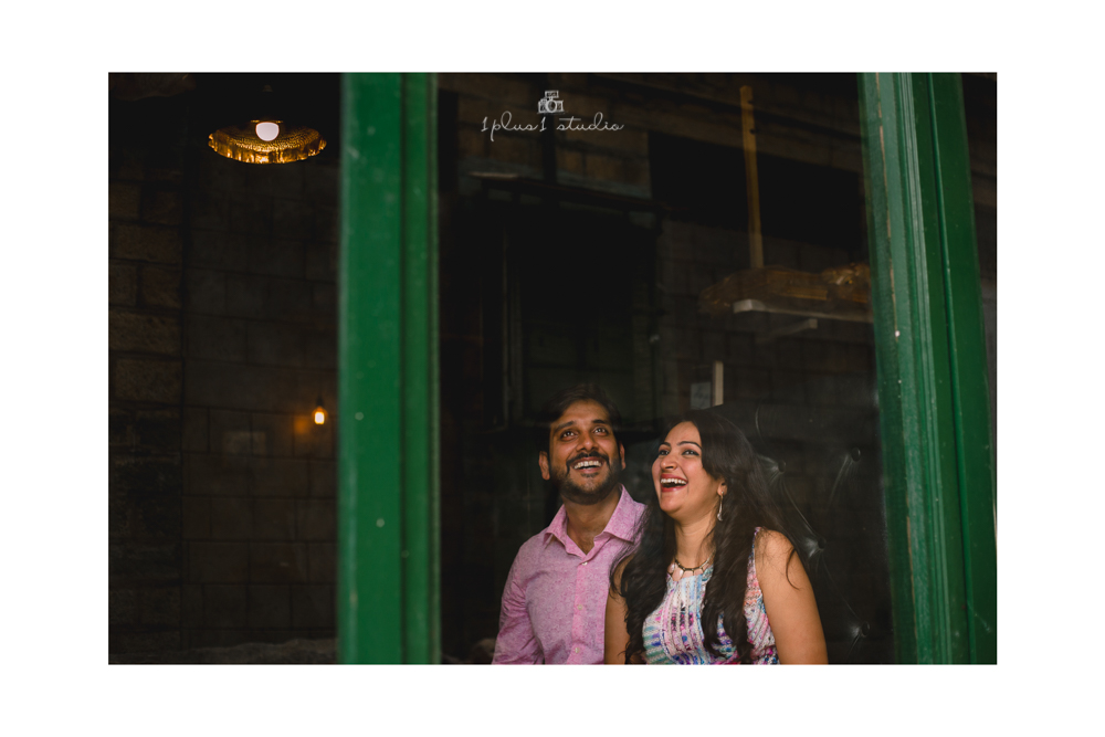Bangalore Couple Shoot | Locations | Commercial street22.jpg