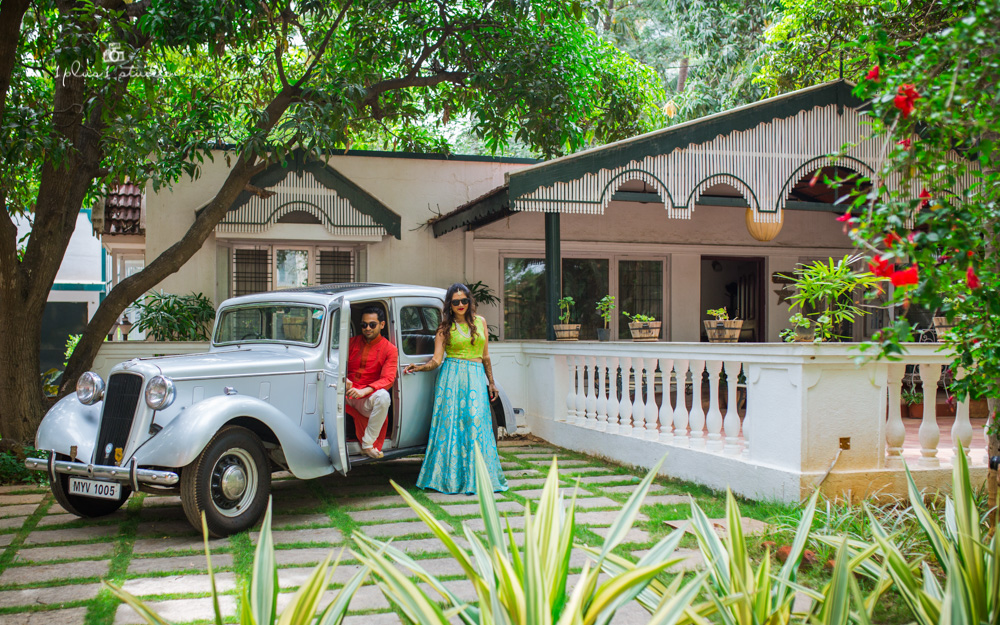 Vintage Car Couple Shoot | Bangalore Wedding Photographer-1.jpg