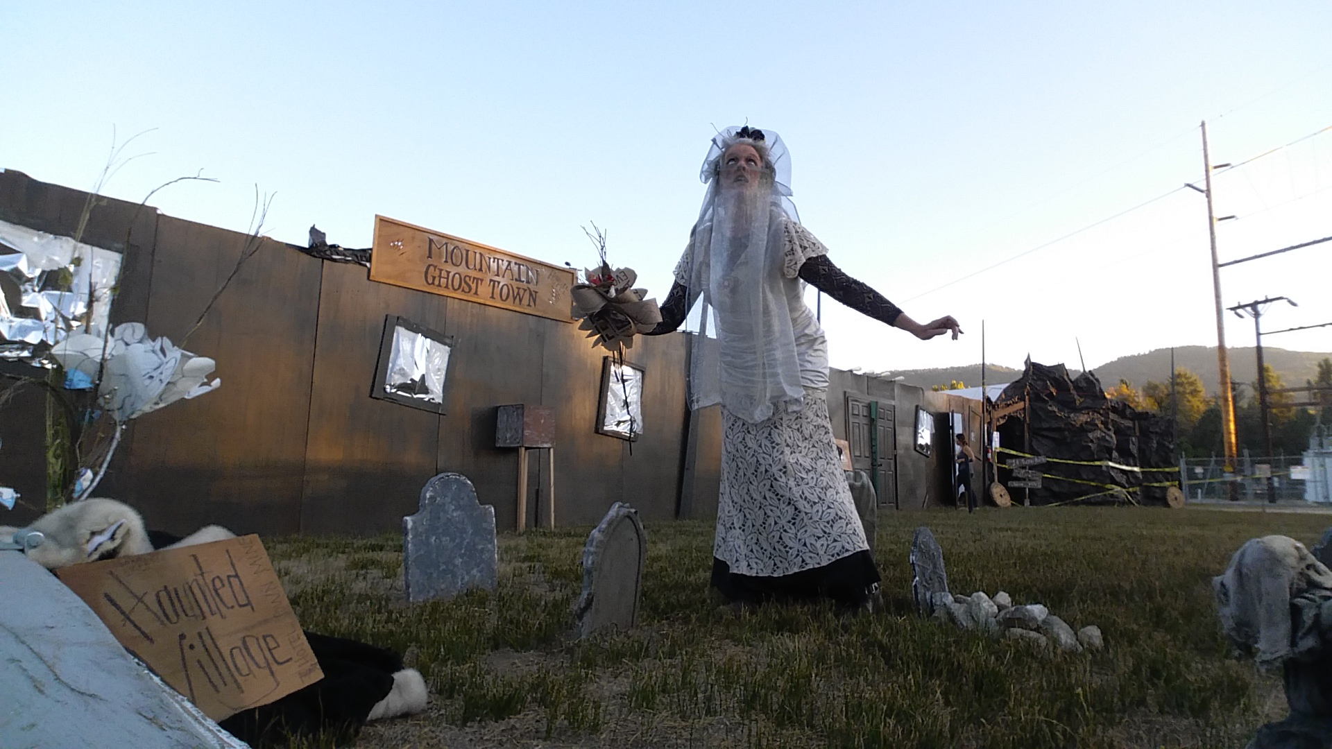Local Halloween Haunt near Idyllwild, CA at Lake Hemet 2017.