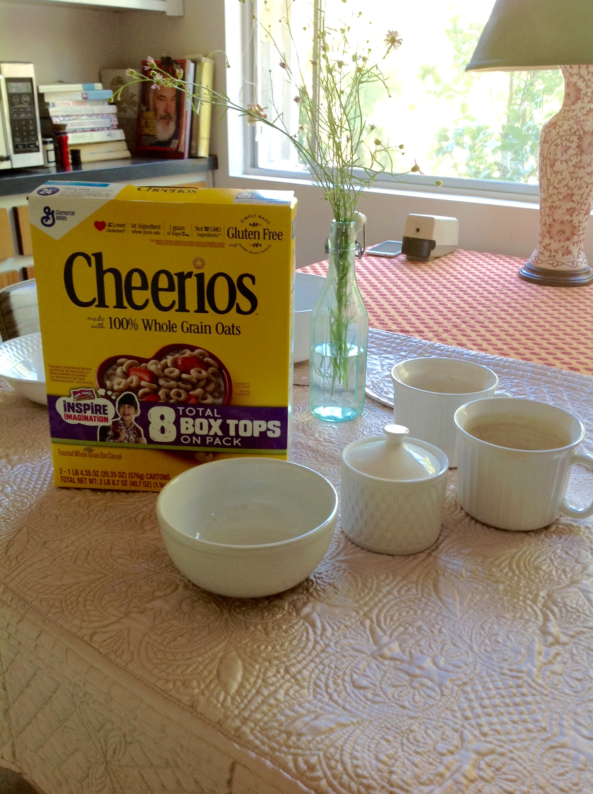 The Cheerios box works well for #Melon #Colorways and I pulled all of the crisp white dishes for a clean, cool summer look.