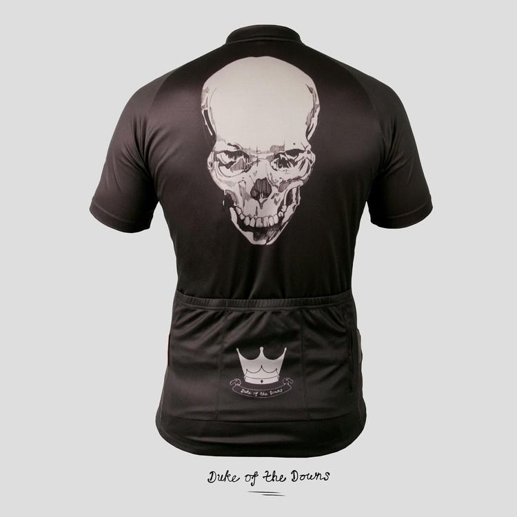 skull_back_grey.jpg