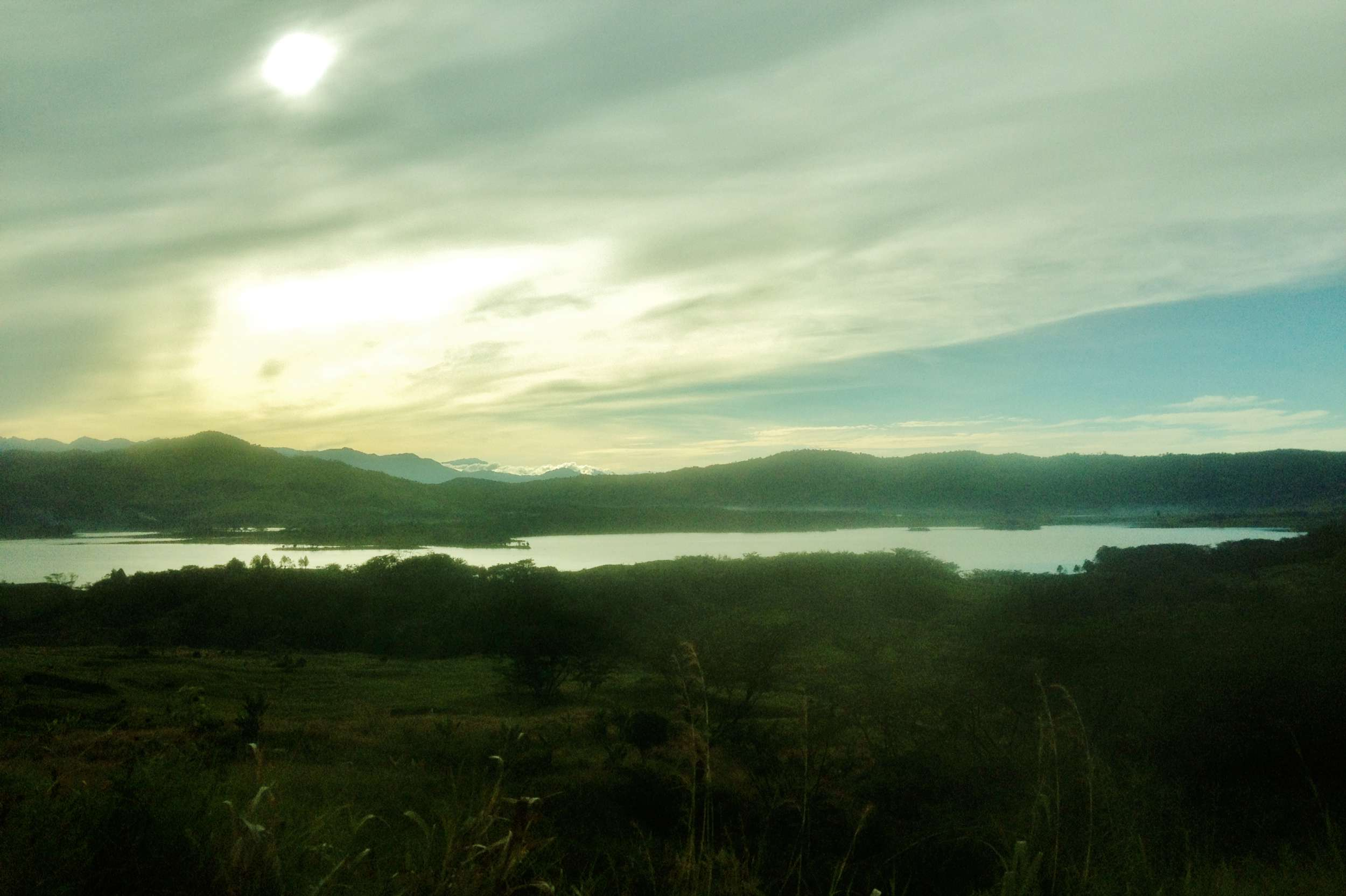 These are just a few pics from the car on the way to the Markham Valley.