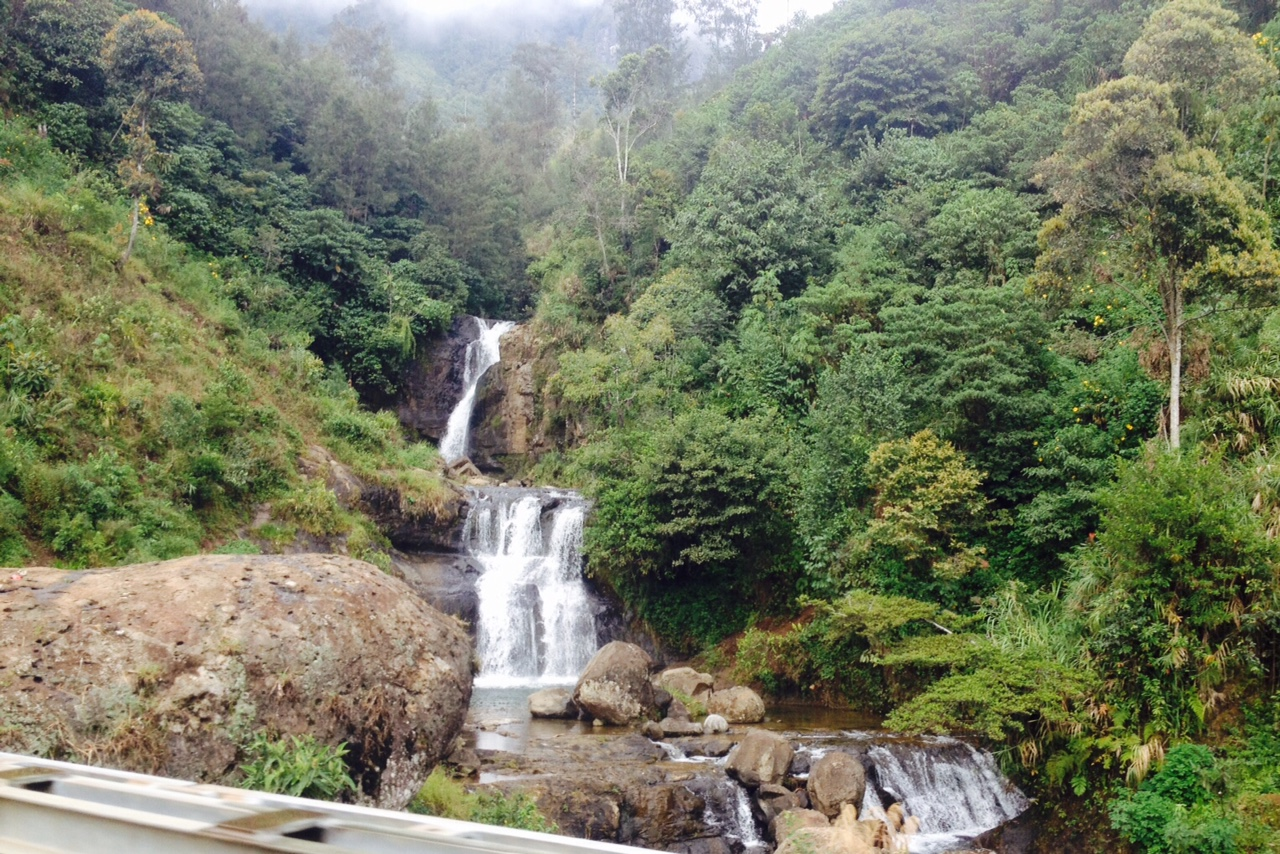High mountains + tropical rainfall = lots of water falls