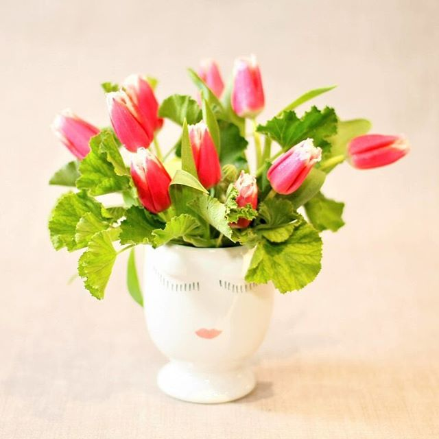 Don't forget: administrative professionals week is this week! Tell you admin how much you appreciate them with one of our custom designs. Call or order online today! #sf #sfflowers #sanfranciscoflowers #adminweek #sfadmin #sendflowers #tulips