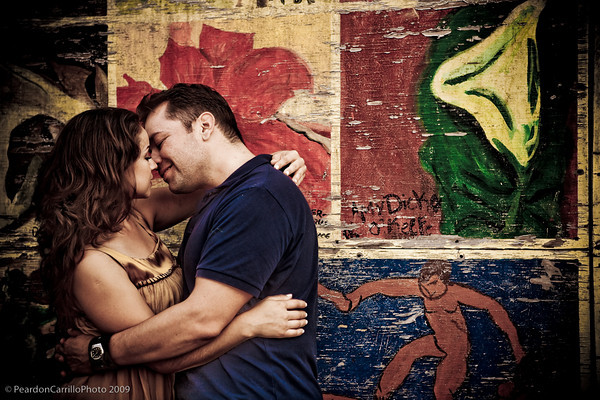 53 mural wall kissing (good).jpg