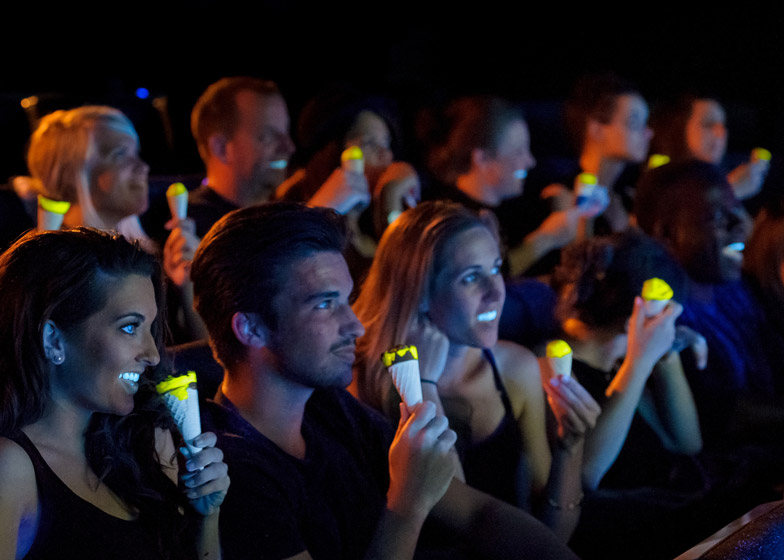 Glow-in-the-dark_Cornettos_by_Bompas_and_Parr_dezeen_784_1.jpg