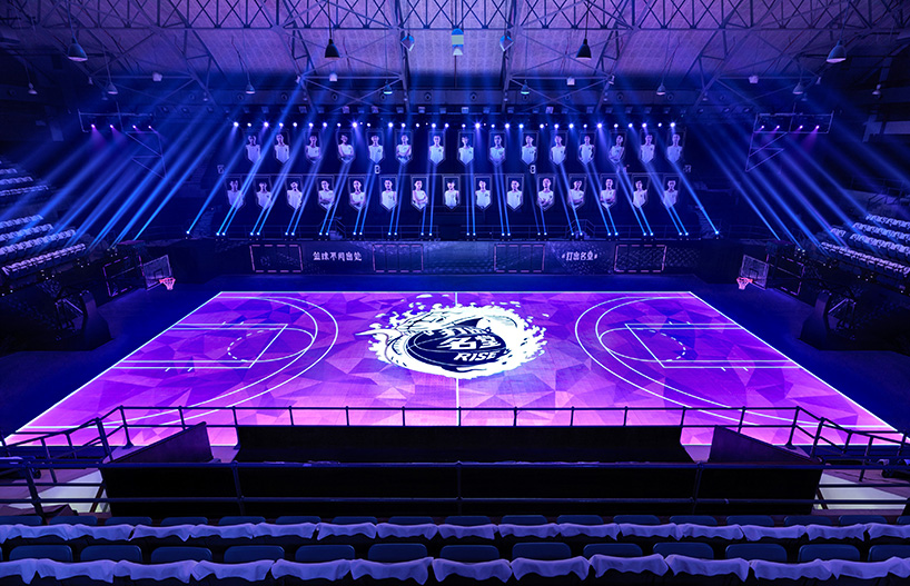 nike_LED_basketball_court_02.jpg