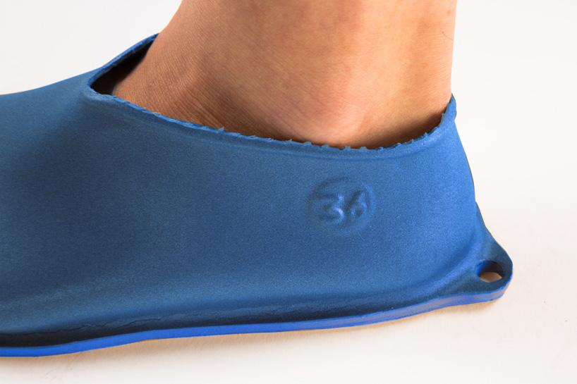 lou-moria-vacuum-forming-shoe-last-21986-designboom-08.jpg
