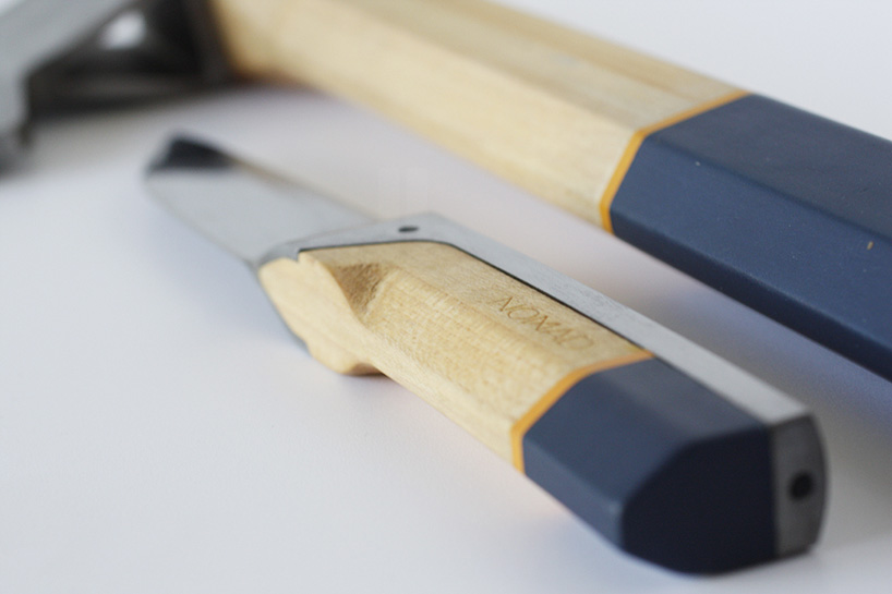 alexey-pavo-nomad-hatchet-knife-outdoor-accessory-designboom-02.jpg