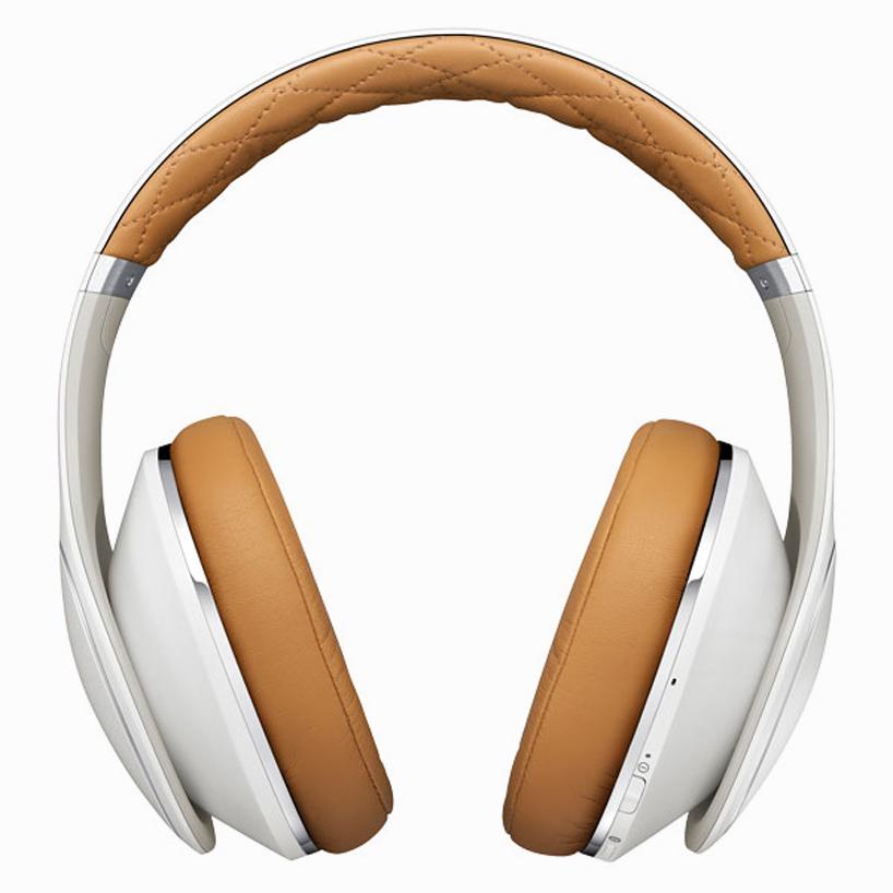samsung-level-over-headphones-designboom01.jpg