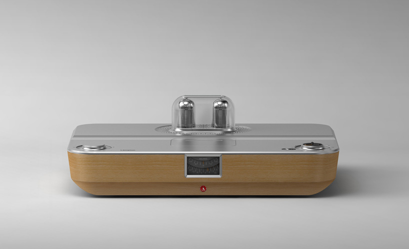 stefan-radev-and-partners-tube-amplifier-apple-android-devices-designboom-01.jpg