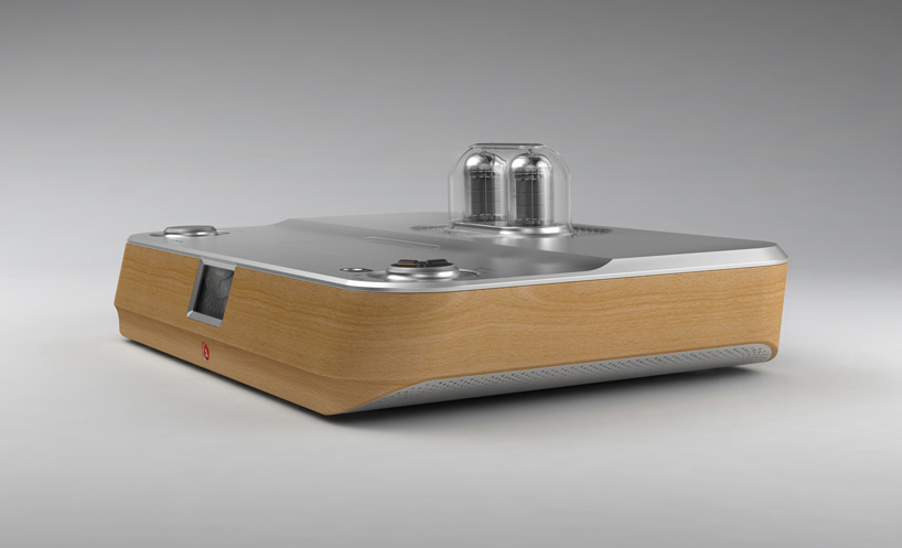 stefan-radev-and-partners-tube-amplifier-apple-android-devices-designboom-04.jpg