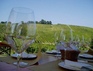 Wine Tasting Udo Schroter.jpg