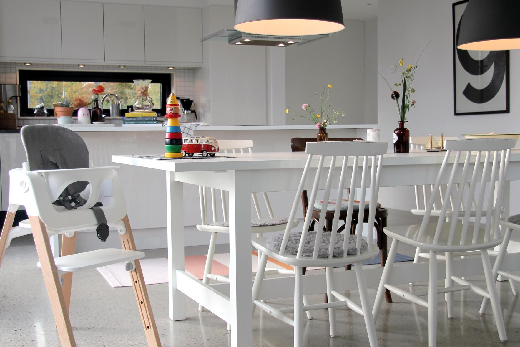 kitchen_small.jpg