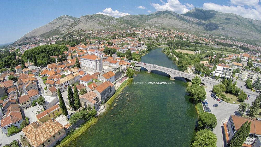 Kameni most autorska prava © 2010 Slavenko Vukasović