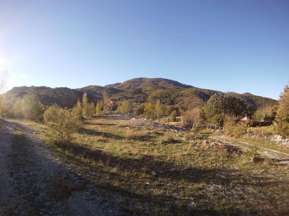 Поглед на Штировник са стазе повише Копривног дола