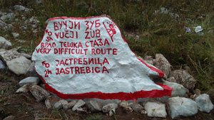 Odvajanje u Pirinoj poljani za Vučji zub preko Kršeljevog mramora i Jastrebicu