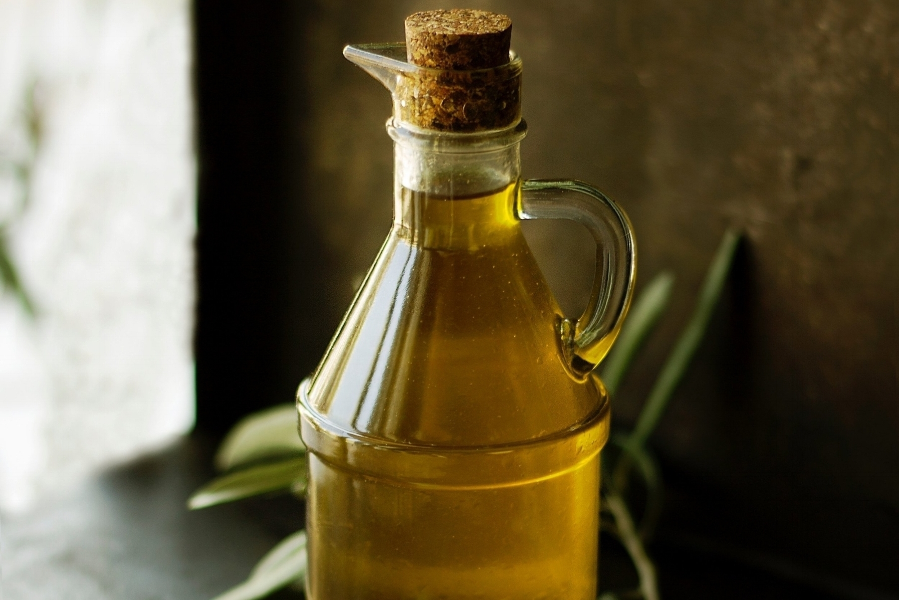 Health benefits of castor oil packs and how to make one -