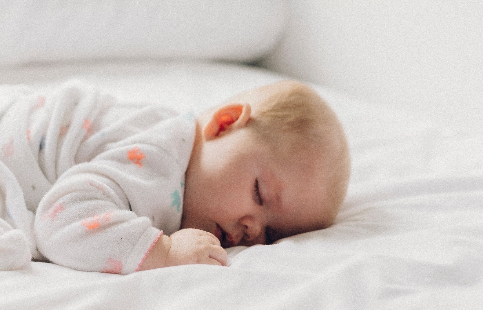 Is it better to have baby sleep on their tummy or back? -