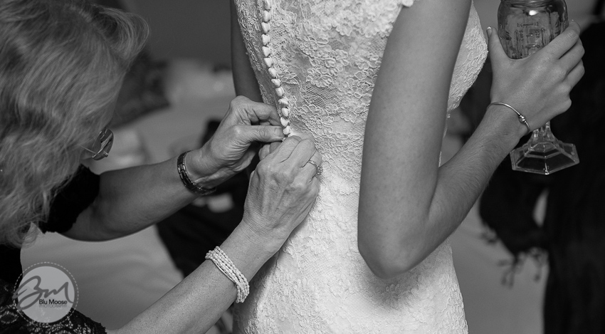 Charleston SC Shem Creek Wedding.jpg