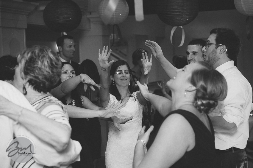 Charleston SC Shem Creek Wedding-27.jpg
