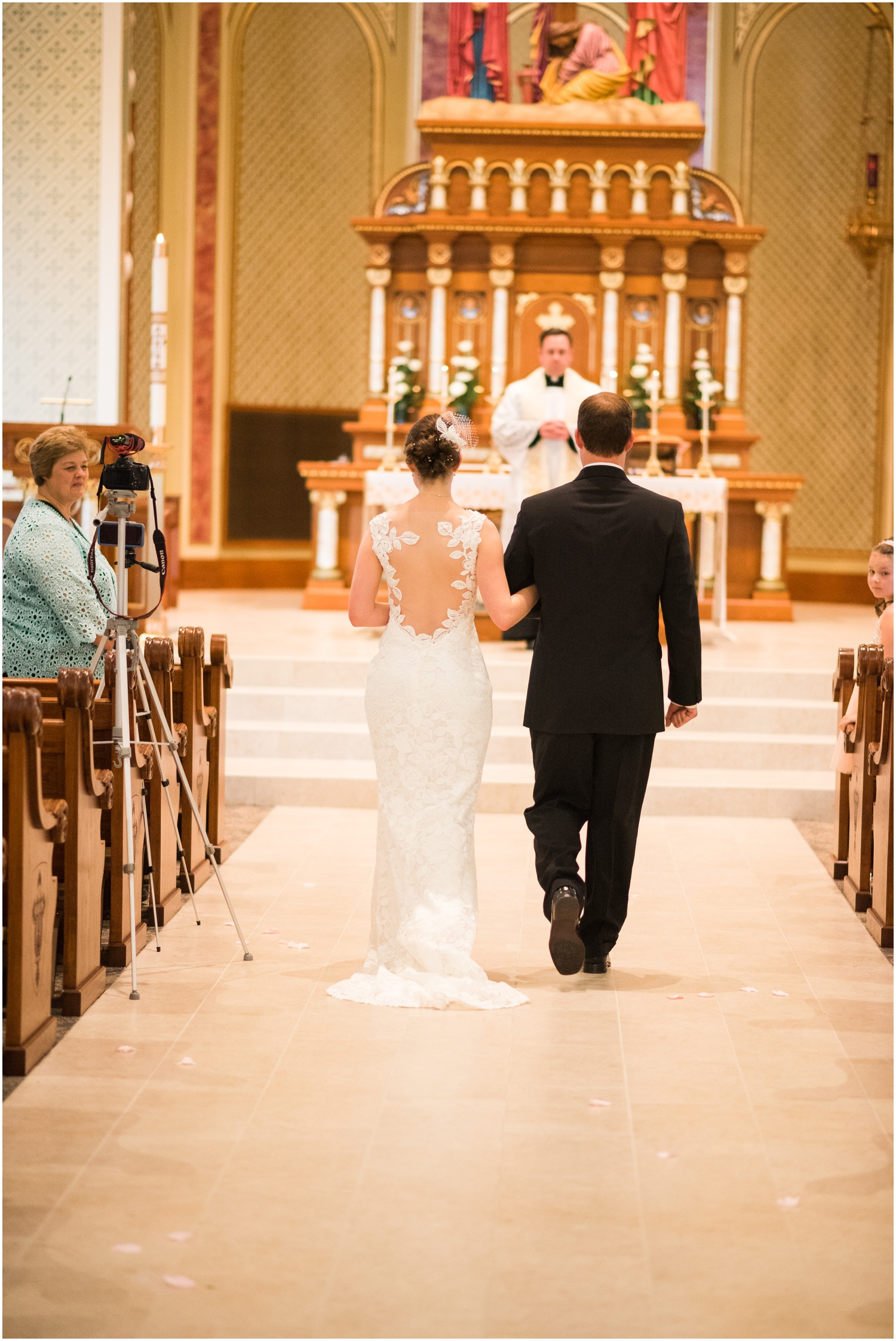 WISCONSIN DELLS WEDDING PHOTOGRAPHER | ST. CECILIA CATHOLIC CHURCH | WISCONSIN DELLS, WI | WEDDING_0224.jpg