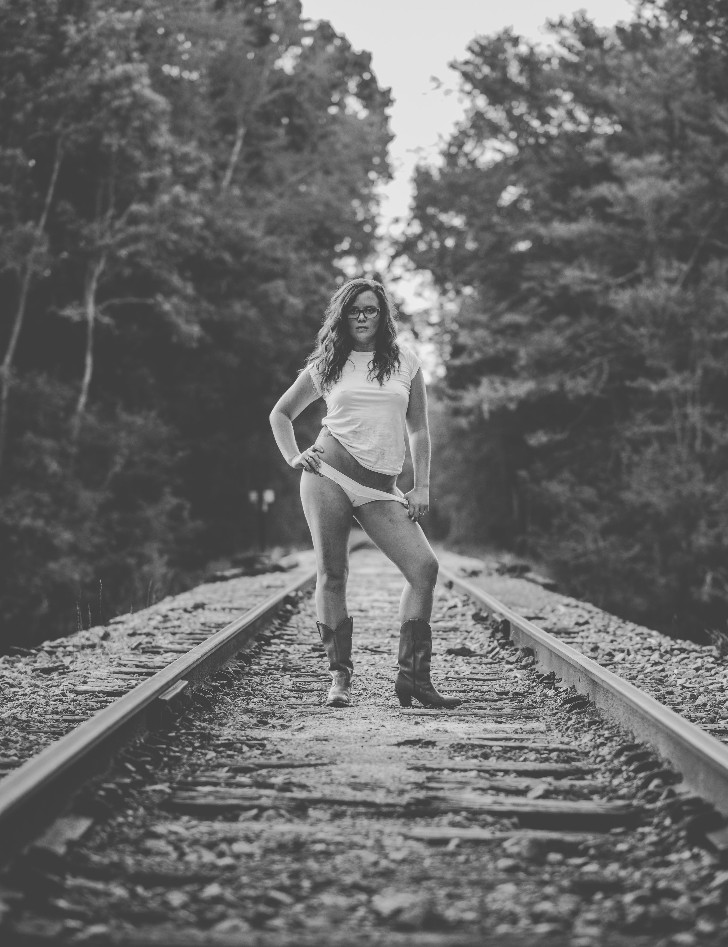 Myrtle Beach-Boudoir-Photo-Shoot-Lindsey-Train-19.jpg