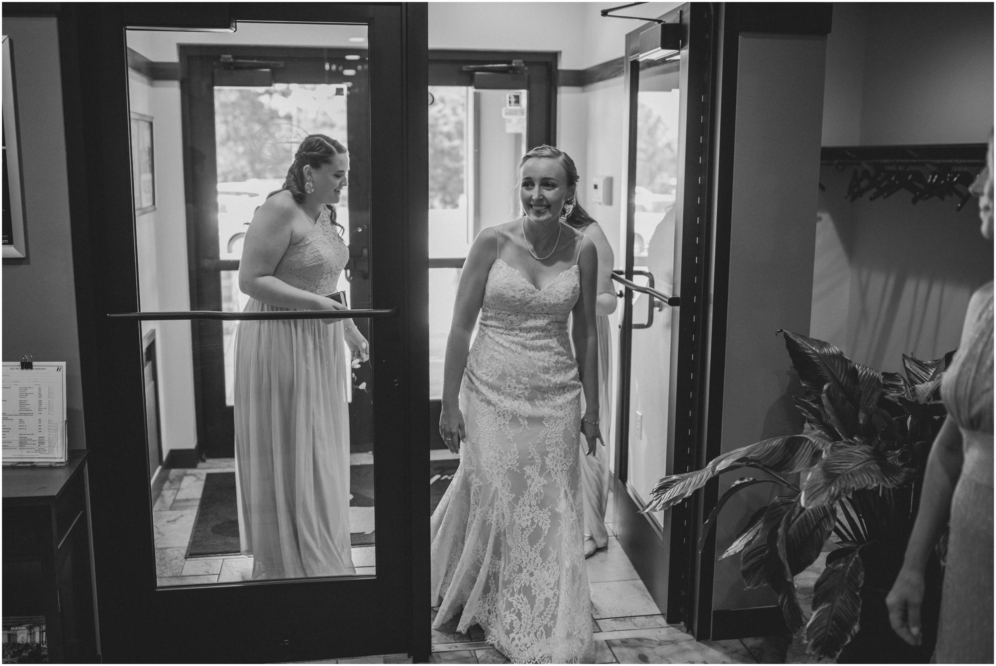Wisconsin-Wedding-Photographer-Reedsburg-Country-Club-Kaela-and Matt-Wedding-23.jpg