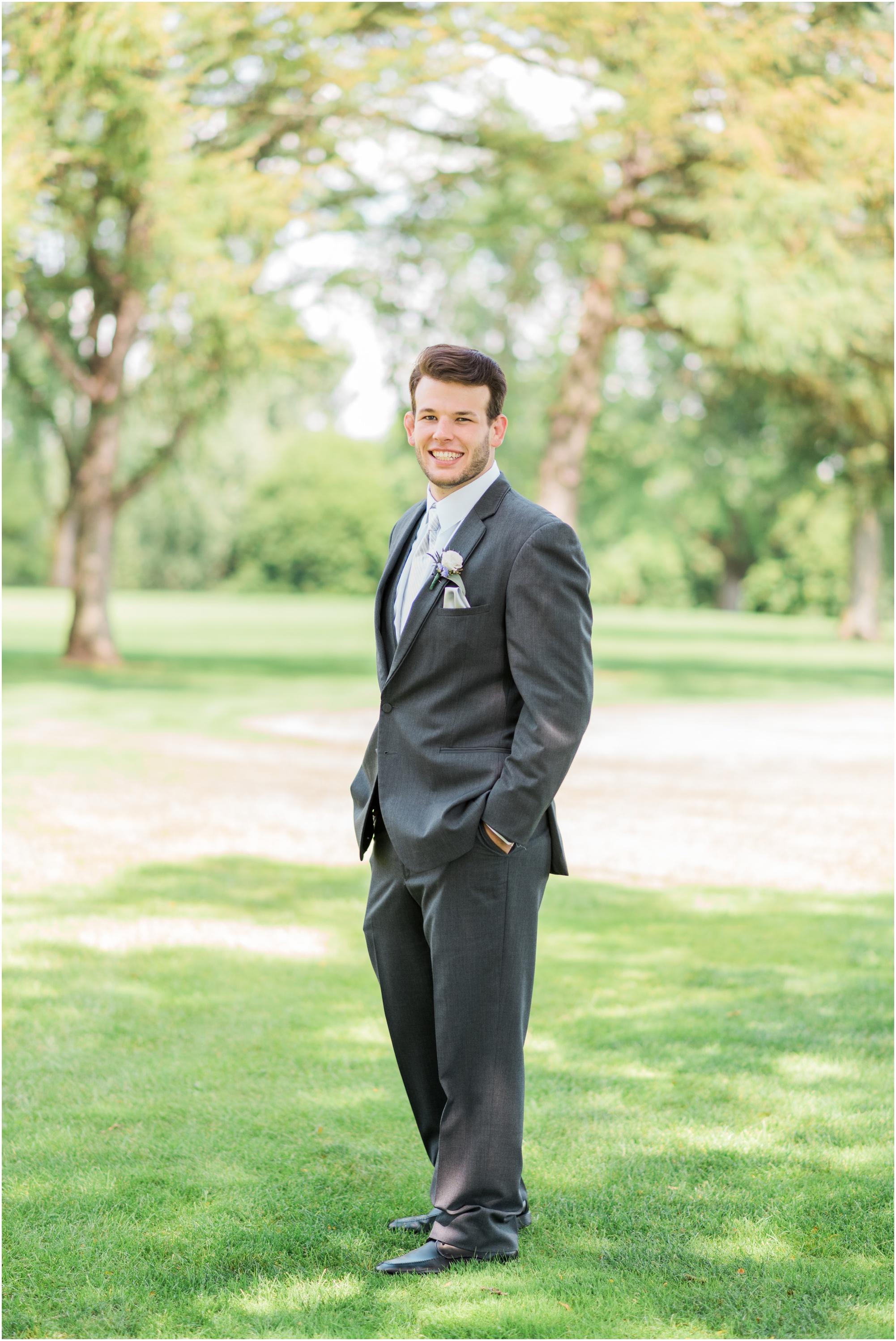 Wisconsin-Wedding-Photographer-Reedsburg-Country-Club-Kaela-and Matt-Wedding-121.jpg