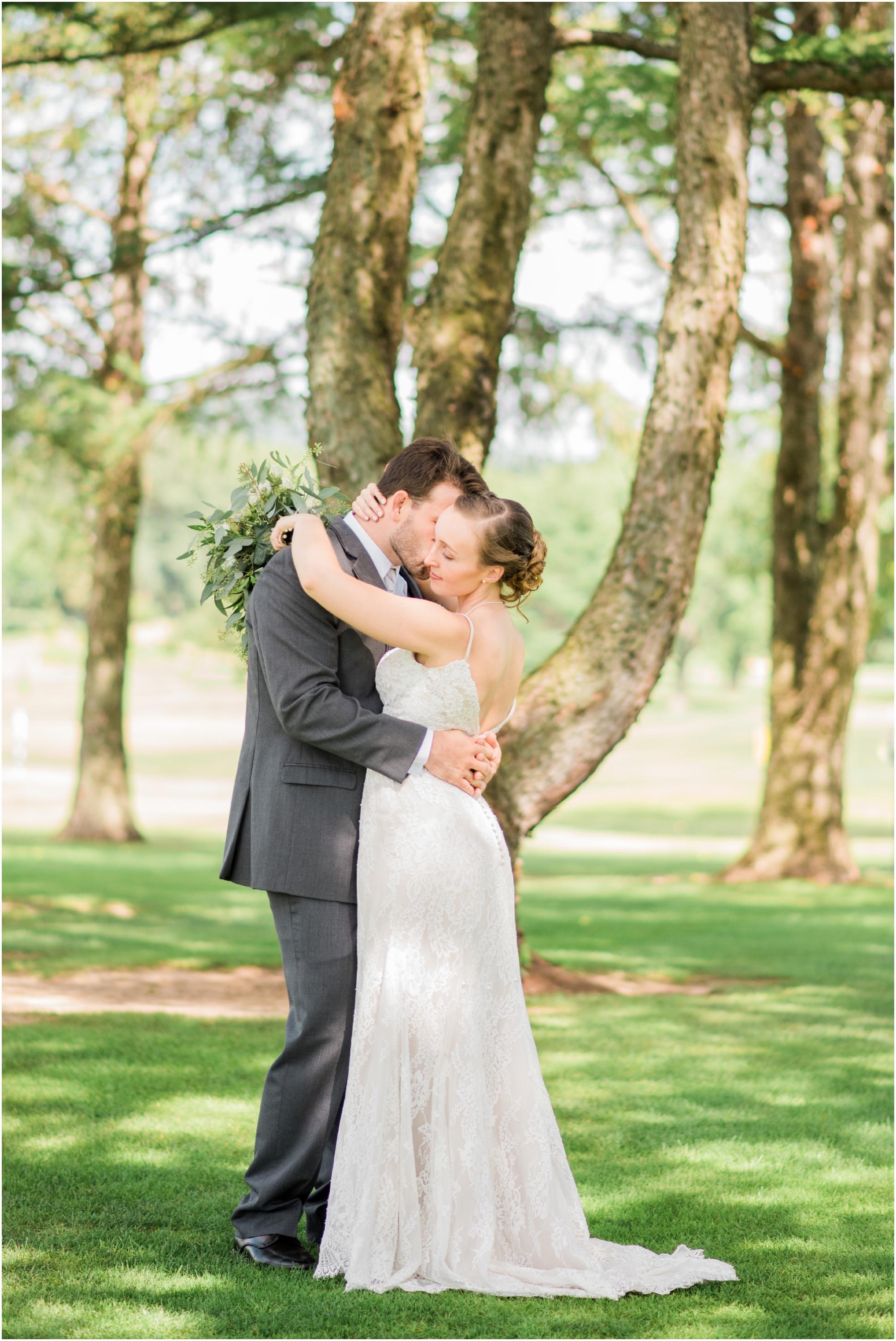 Wisconsin-Wedding-Photographer-Reedsburg-Country-Club-Kaela-and Matt-Wedding-277.jpg