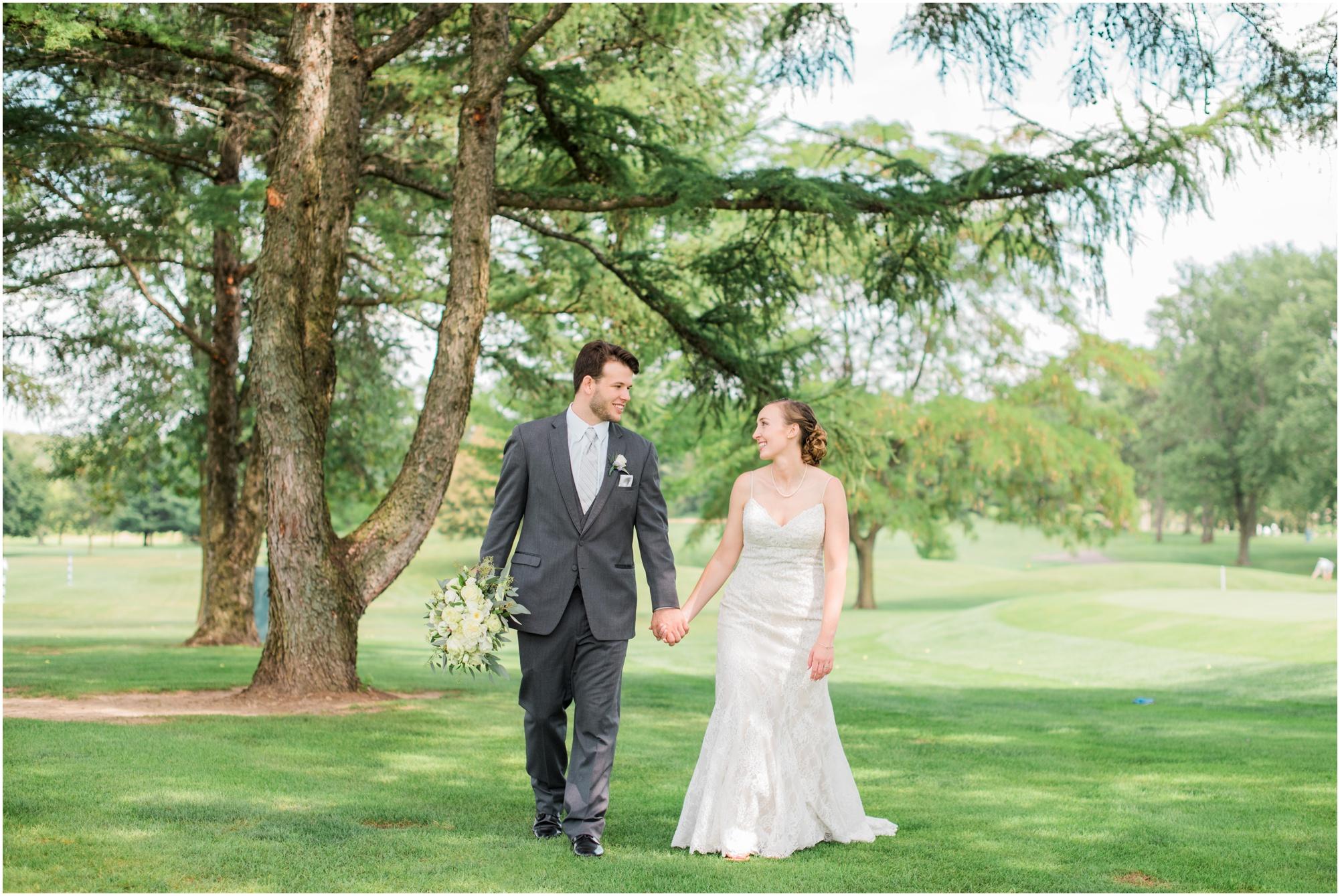 Wisconsin-Wedding-Photographer-Reedsburg-Country-Club-Kaela-and Matt-Wedding-284.jpg