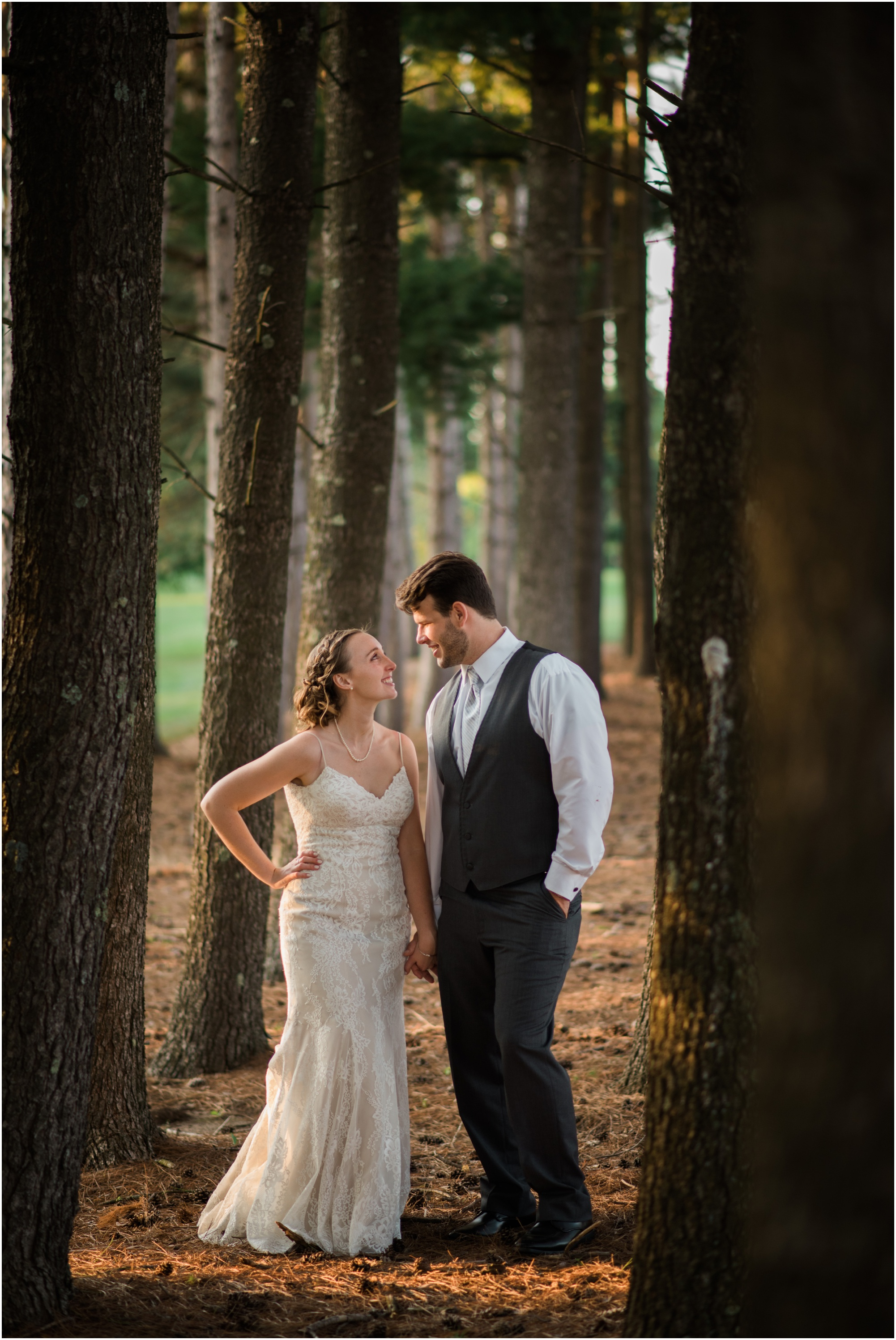 Wisconsin-Wedding-Photographer-Reedsburg-Country-Club-Kaela-and Matt-Wedding-854.jpg