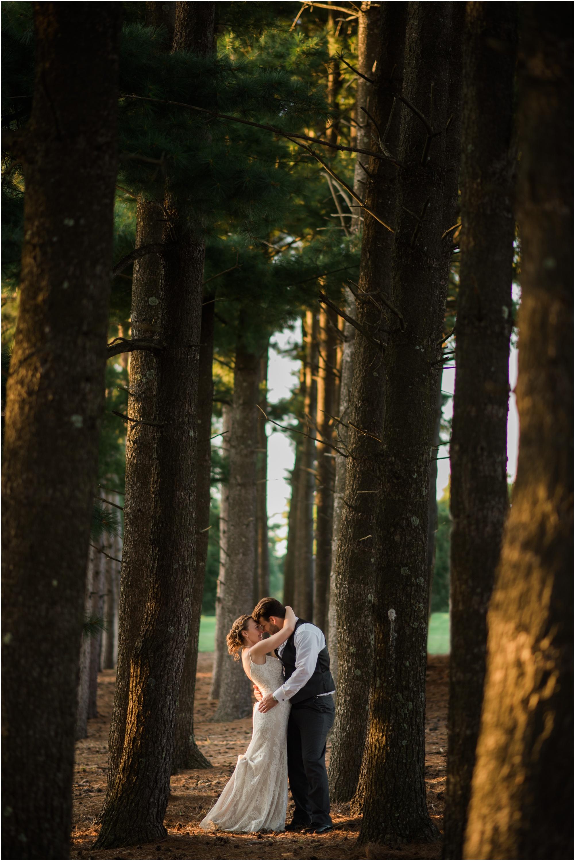 Wisconsin-Wedding-Photographer-Reedsburg-Country-Club-Kaela-and Matt-Wedding-849.jpg