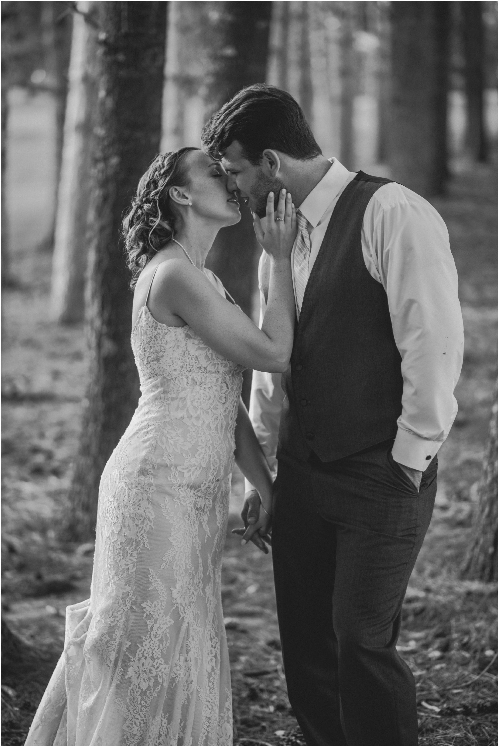 Wisconsin-Wedding-Photographer-Reedsburg-Country-Club-Kaela-and Matt-Wedding-863.jpg