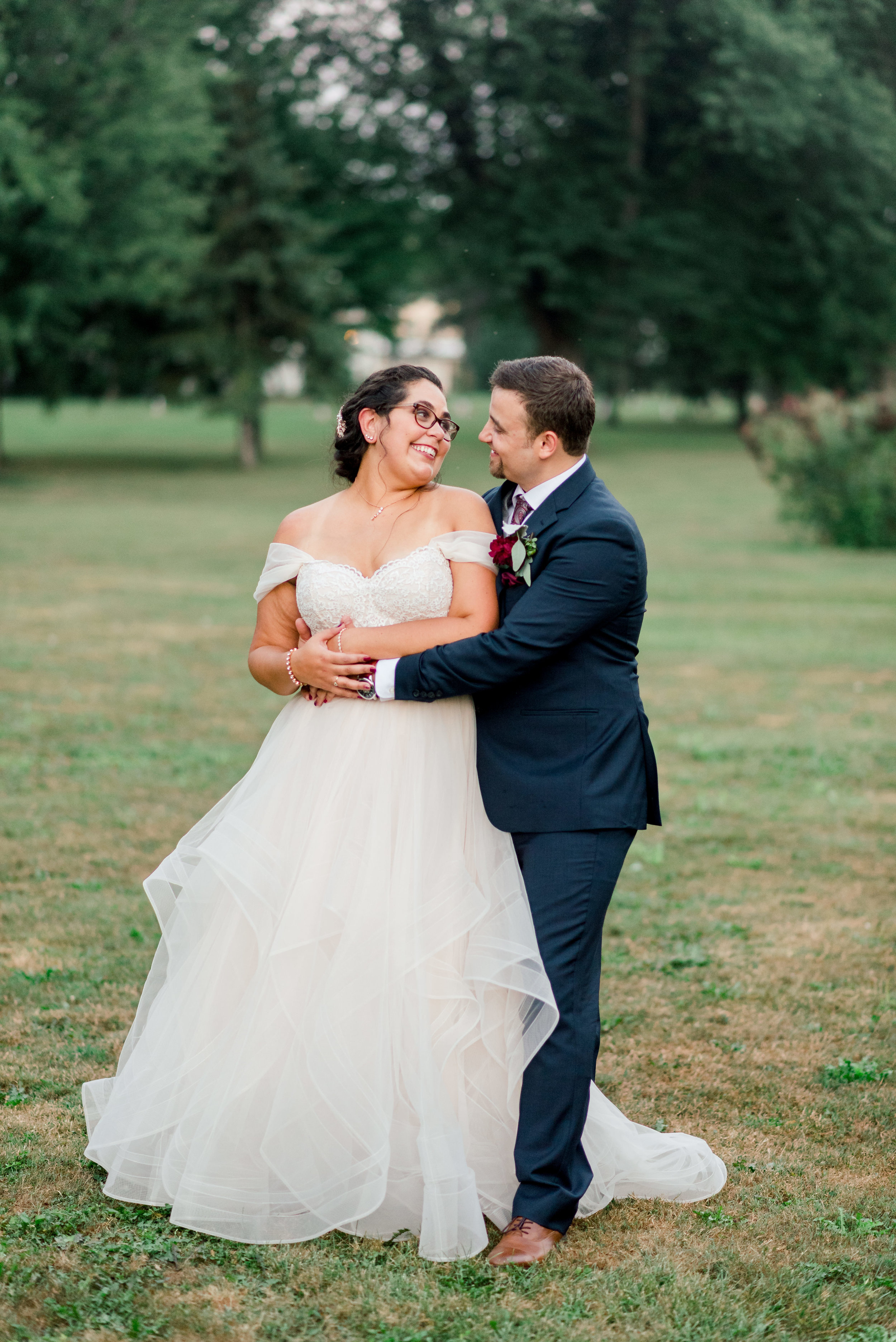 Stone Arch at Riverview Gardens-Appleton WI-Wedding-Photos-Fran and Andrew-29.jpg