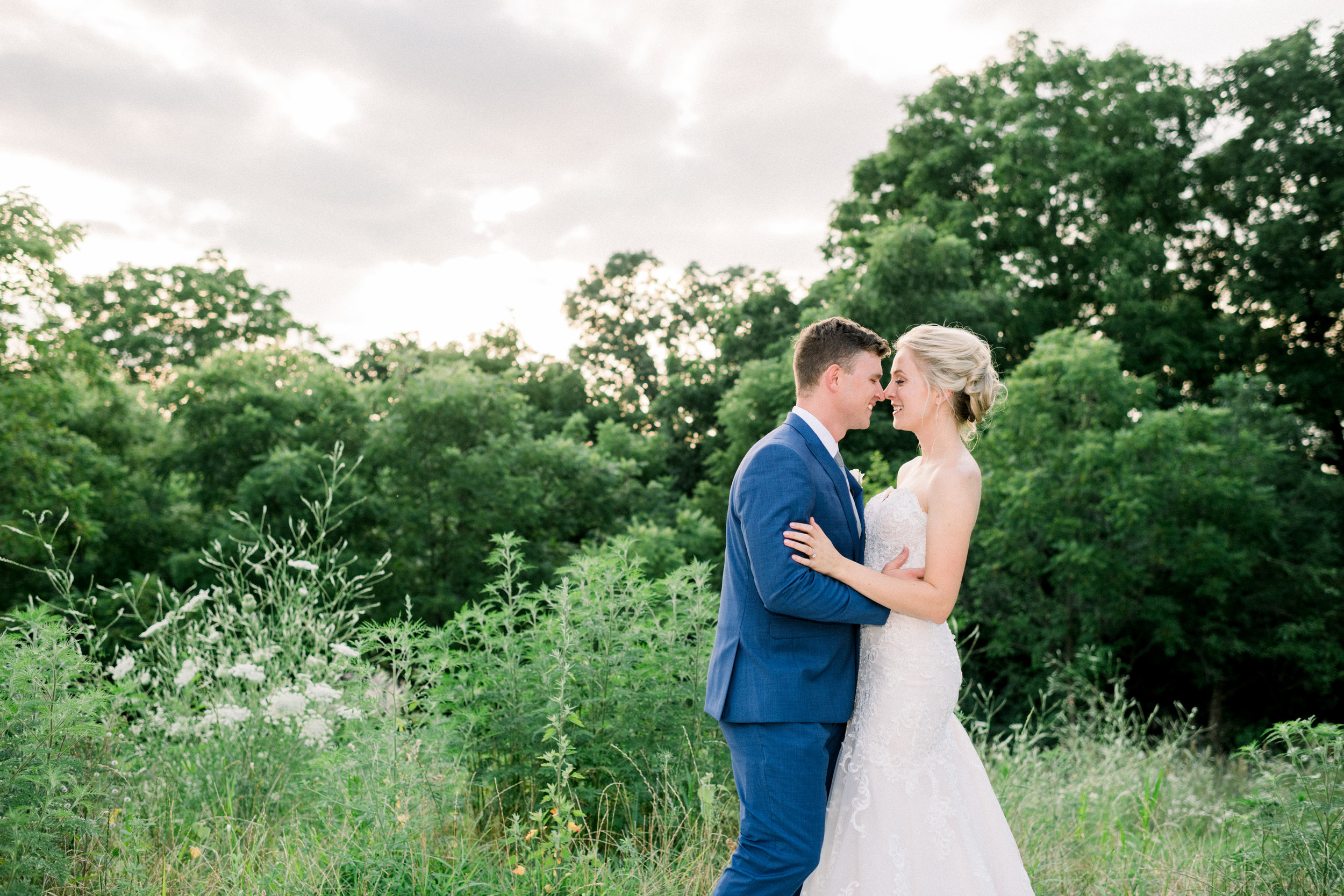 The-Fields-Reserve-Stoughton-WI-Bride-and-Groom-Wedding-Photos-397.jpg