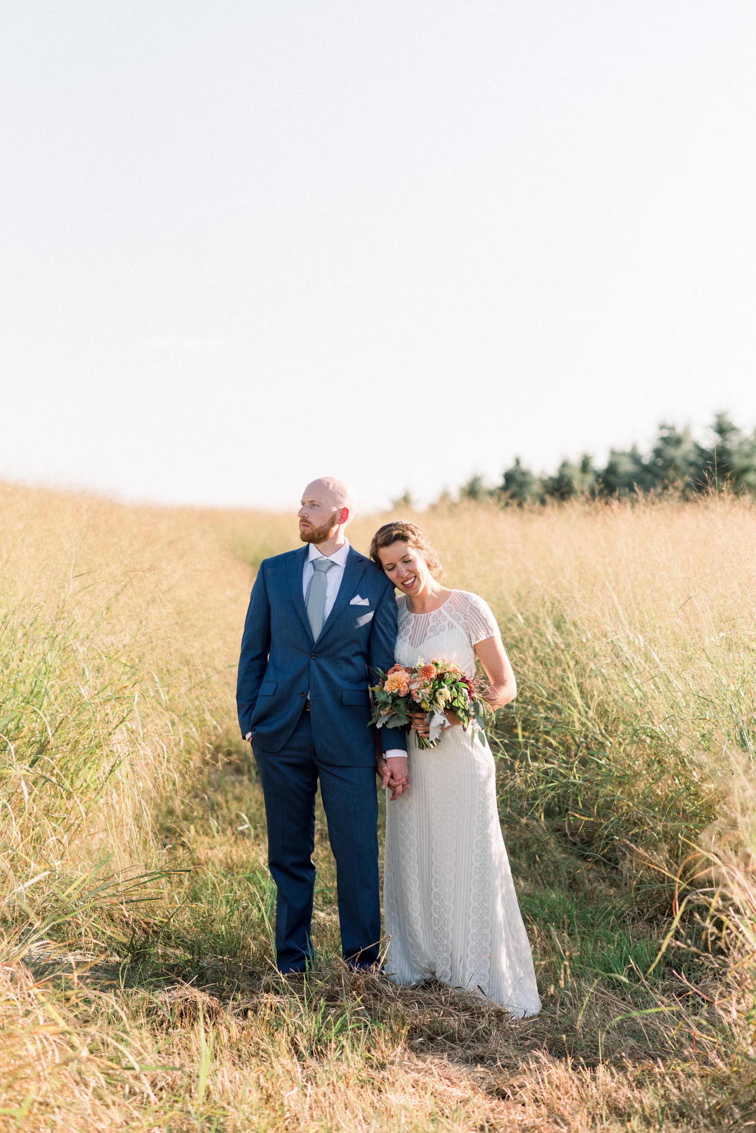 Milford Hills-Hunting Club-Watertown WI-Wedding Photos-Bride and Groom-216.jpg