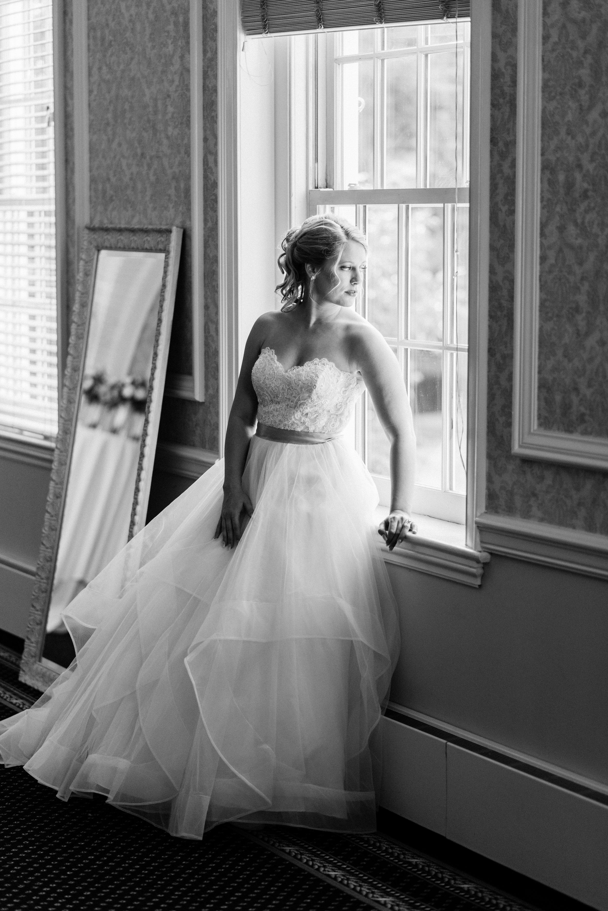 The-Madison Club-Madison-WI-Wedding-Photos-Bride-and-Groom-41.jpg