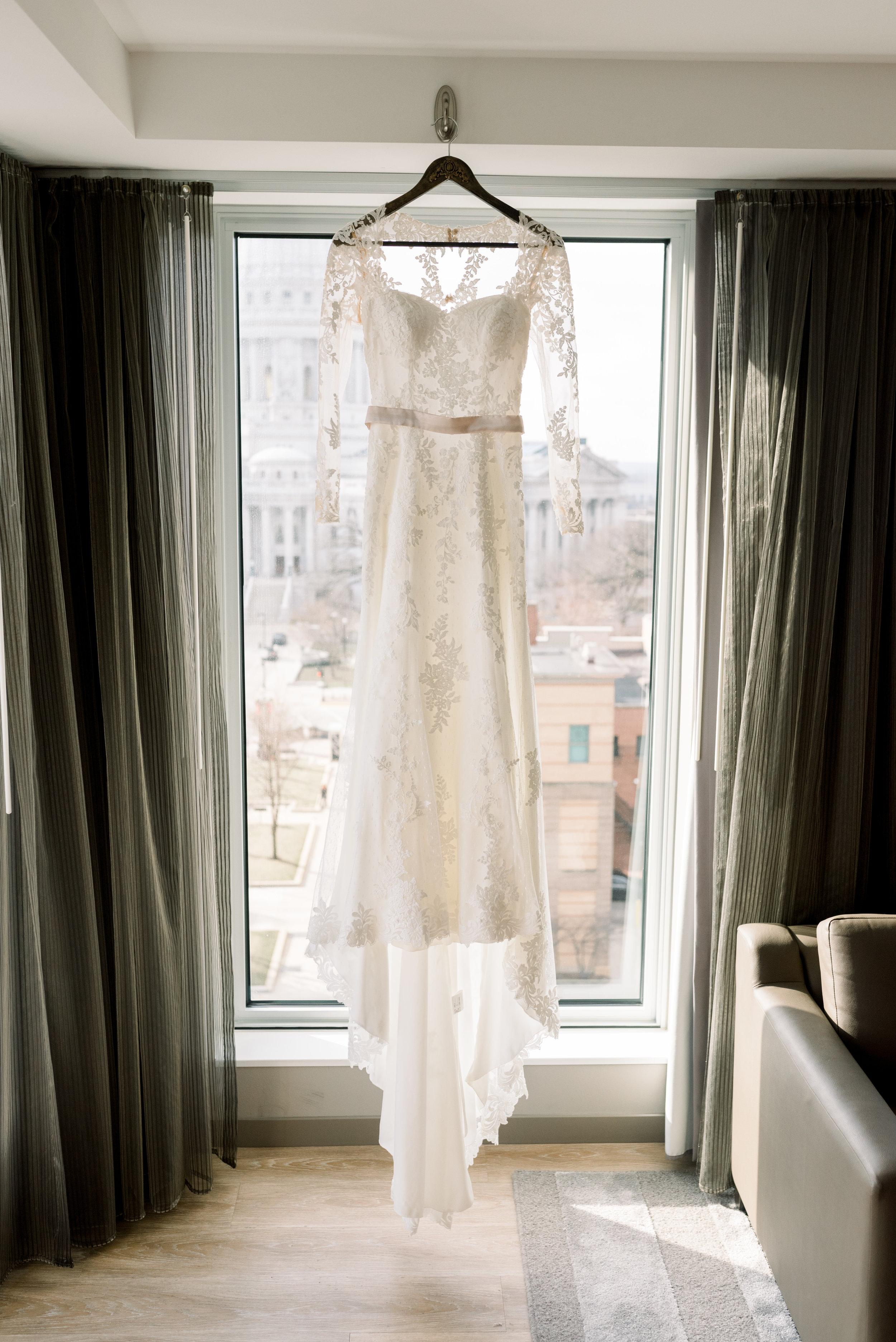 AC Hotel by Marriott-Madison-WI-Wedding-Photos-0002.jpg
