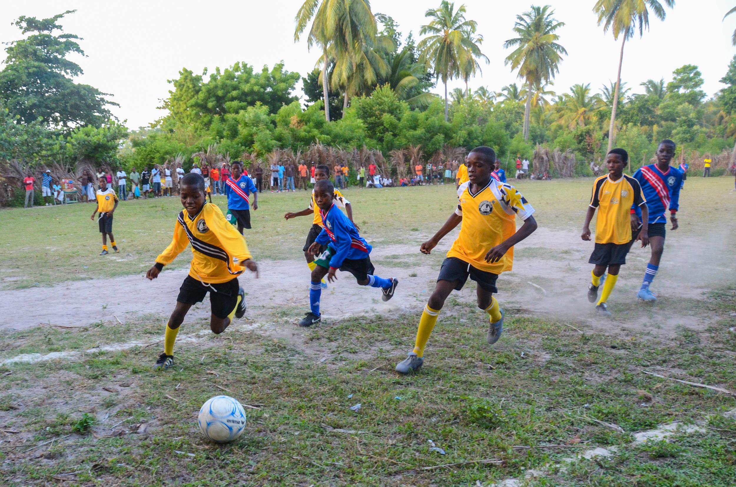 ayiti_haiti_football_spiritedpursuit