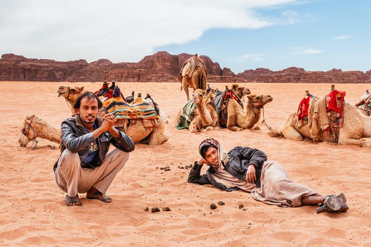 08+bedouins+of+wadi+rum (1).jpg