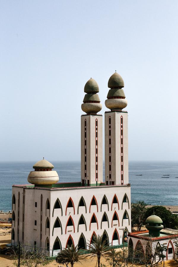Spiritedpursuit_leelitumbe_Dakar_Senegal_Mosqueéde la Divinité.jpg