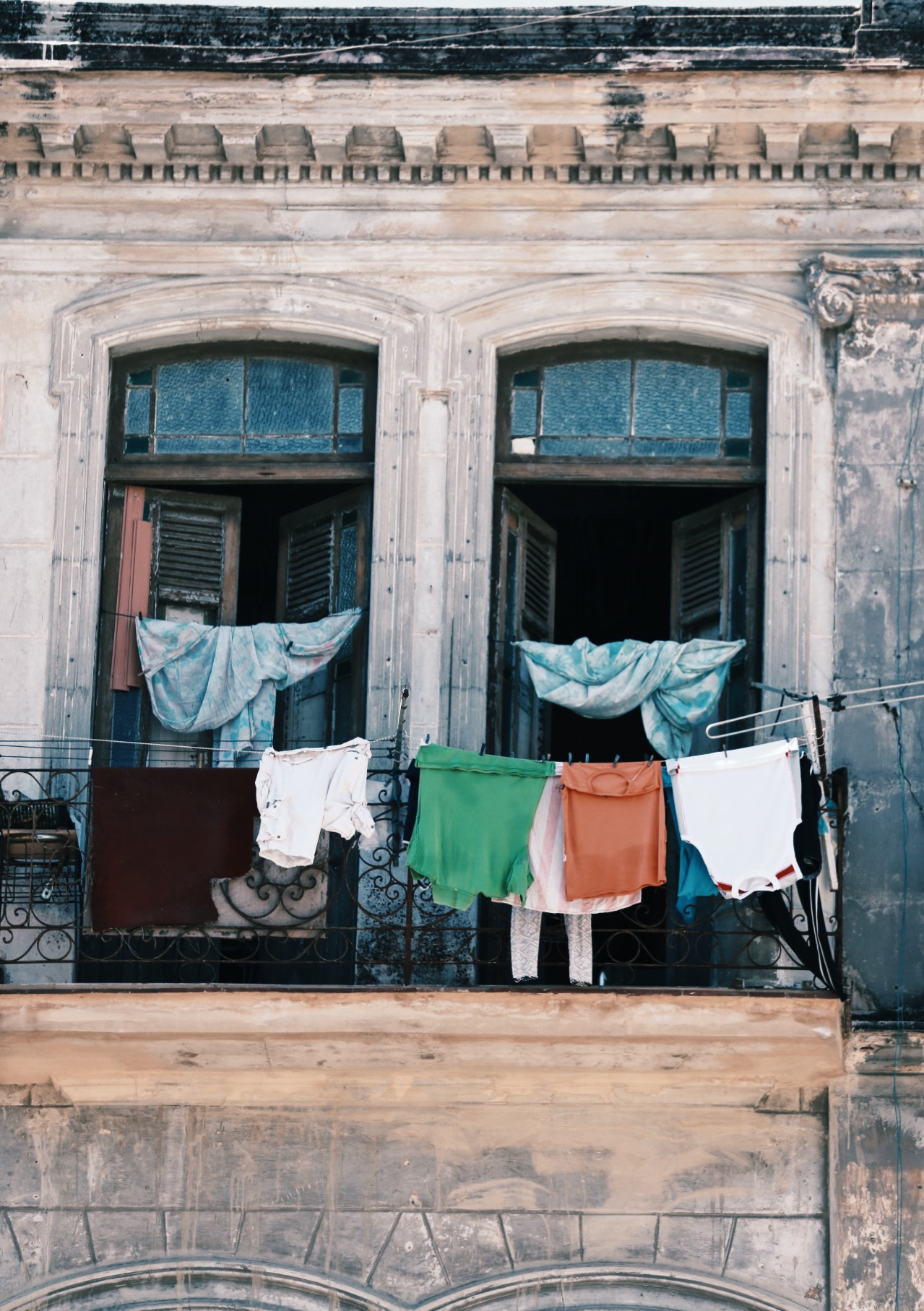 clothes hanging.jpg