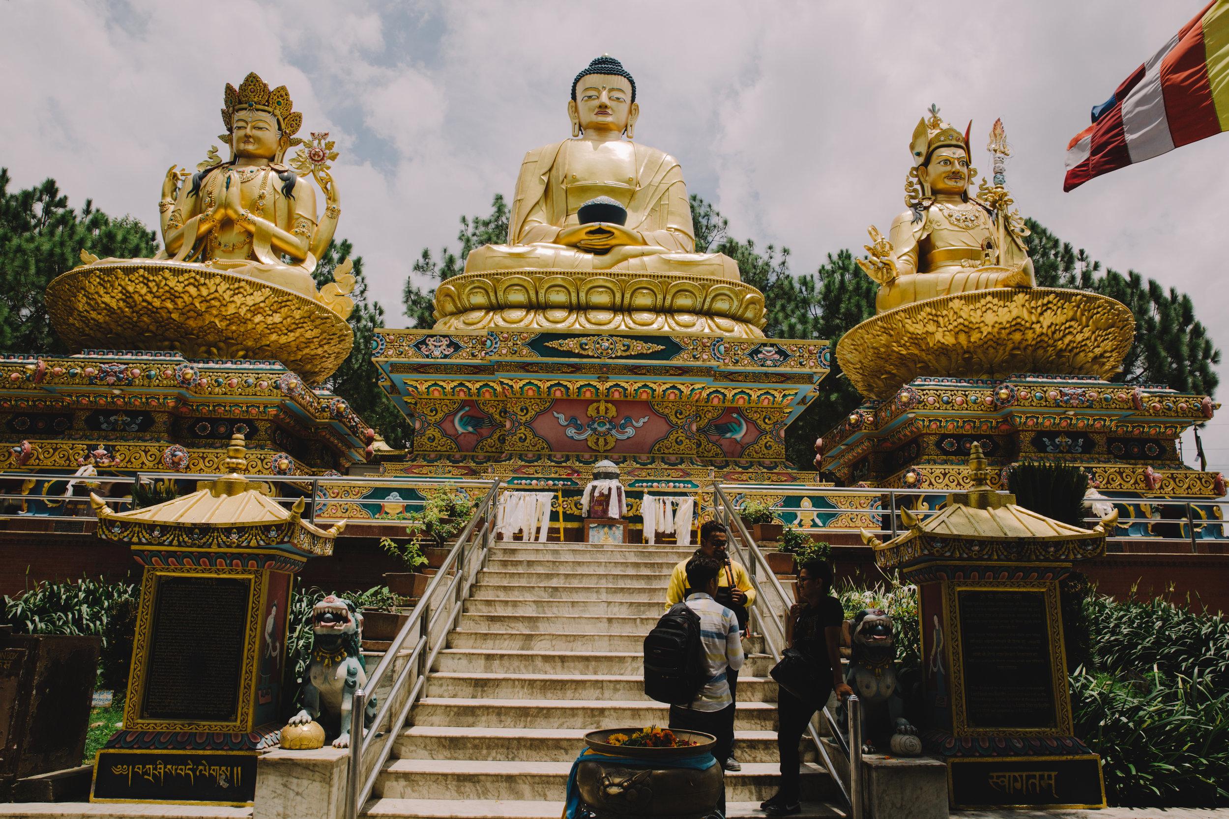 Golden Buddhas.jpg