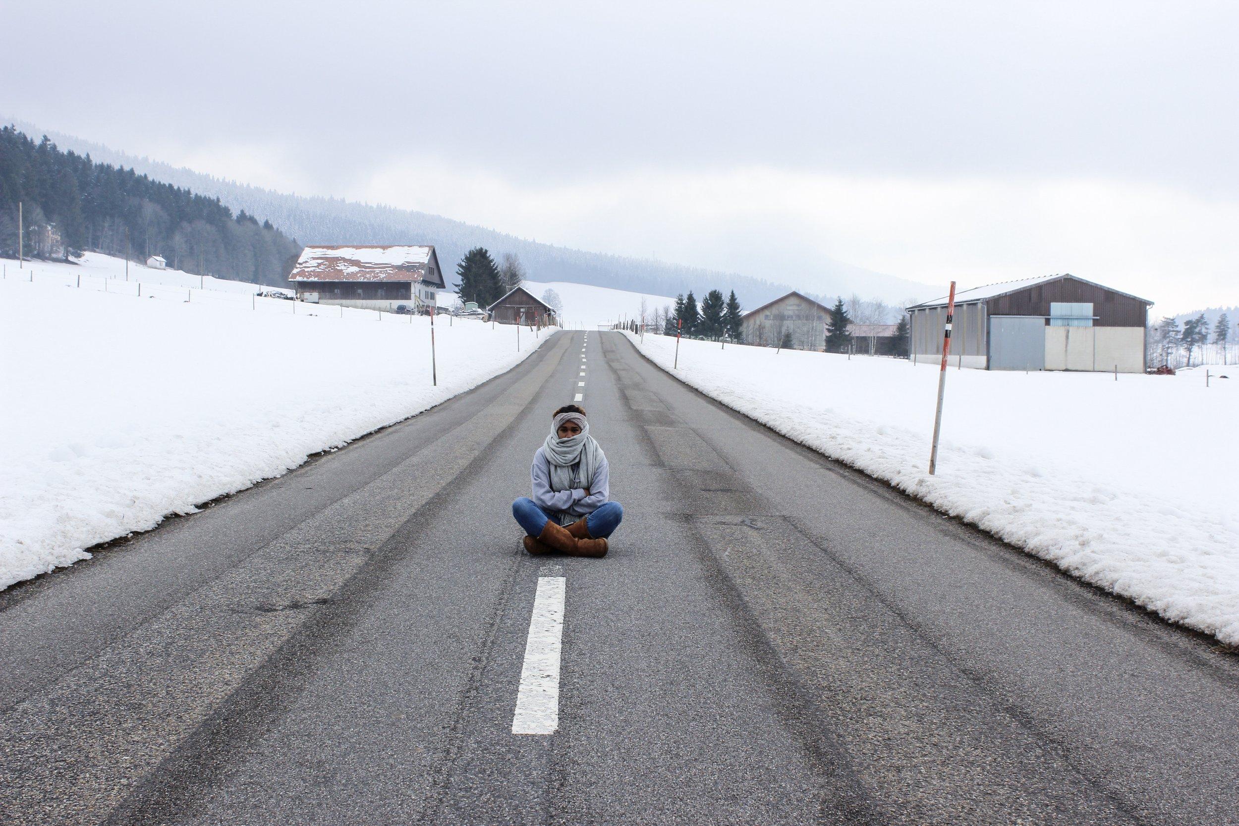 Jakiya in road.JPG