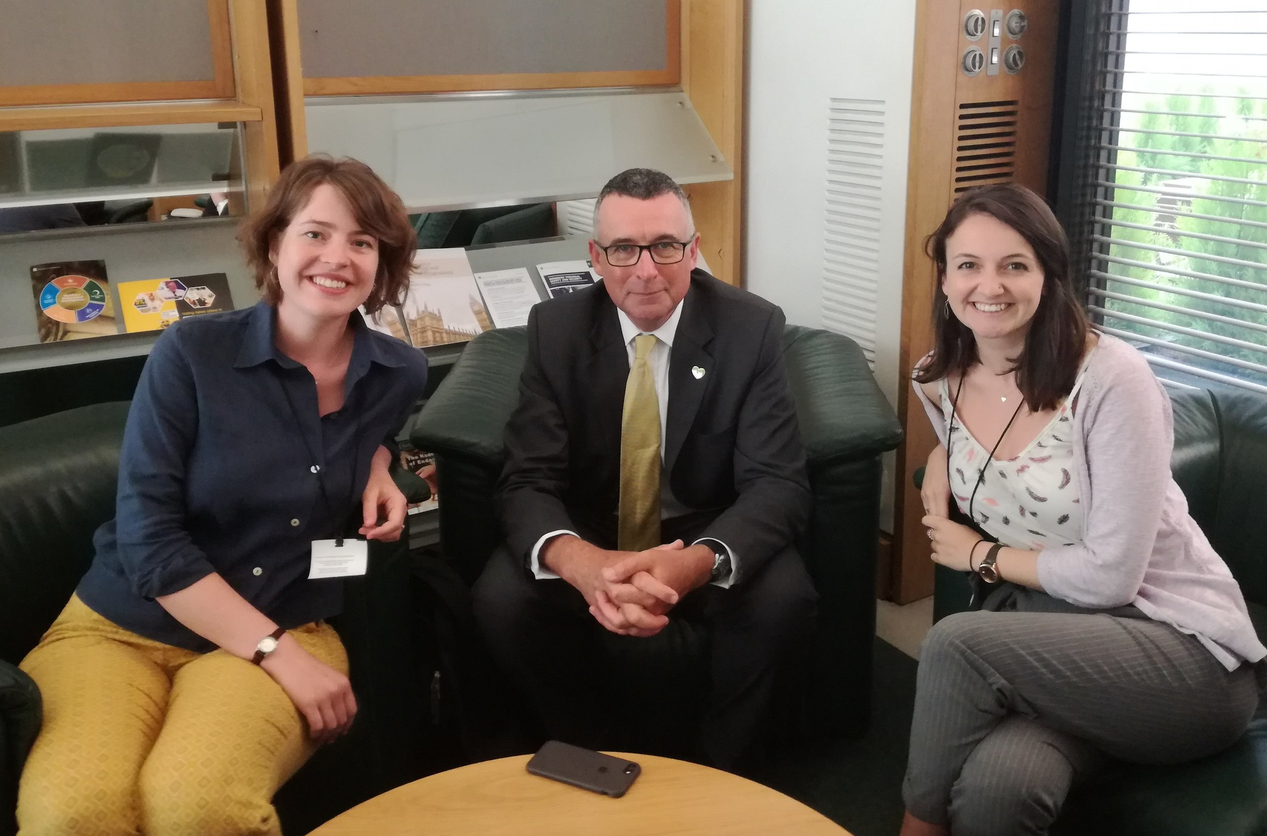 Hftf Director, Jo (left) and Assistant Director, Sarah (right) meet with Bernard Jenkin MP to hear about his advice on lobbying and campaigns.