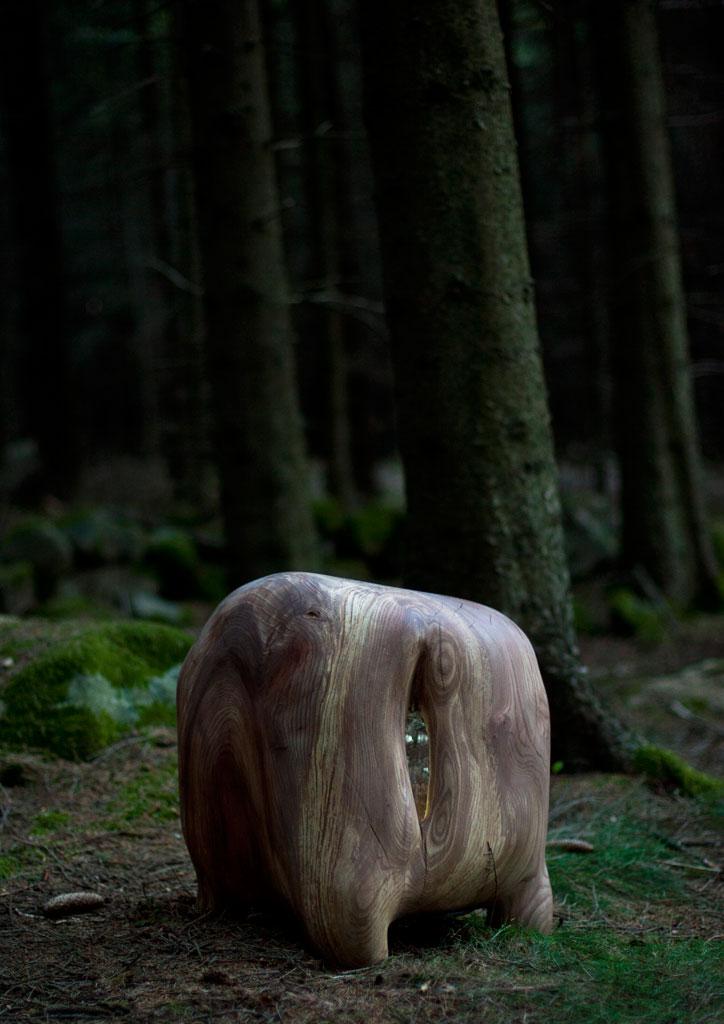 Jenny-Ekdahl_Golden-stool.jpg